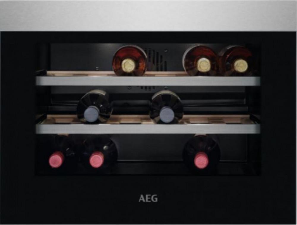 AEG KWK884520M Inbyggd vinkyl